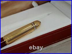 CARTIER Pasha de Cartier Burgundy Red and Gold Fountain Pen