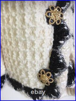 CHANEL 15A PARIS-SALZBURG NEW Tweed Ecru Black Gold Jacket CC buttons FR48 $9K