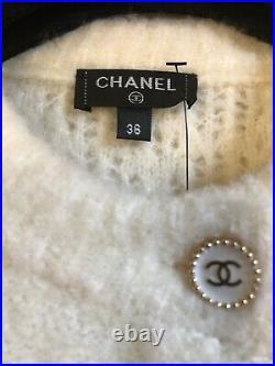 CHANEL 19A Fall Ecru Jacket CC logo gold buttons FR36- FR34