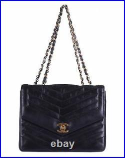 CHANEL Black Chevron Leather 24K Gold CC Flap Chain Shoulder Bag Purse