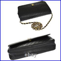 CHANEL CC Logo Chain Shoulder Bag Leather Black Gold France Vintage 632LB407