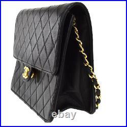 CHANEL CC Logo Matelasse Chain Shoulder Bag Leather Black Gold Vintage 28MK013