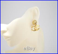 CHANEL CC Logos Dangle Earrings Gold Tone Vintage 95A withBOX excellent a0455