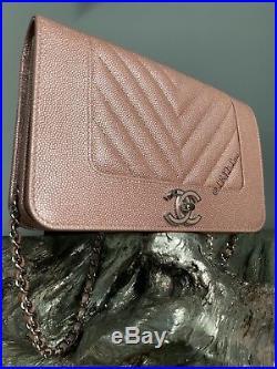 CHANEL IRIDESCENT PINK CAVIAR CHEVRON WOC MINI BAG WALLETonCHAIN LIGHT ROSE GOLD