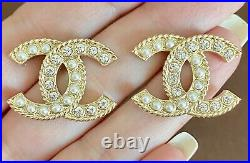 CHANEL Large CC Crystal Pearl Earrings Gold / M204-21155