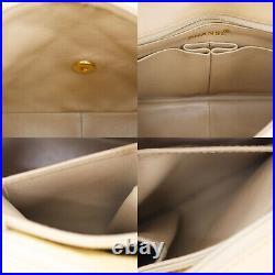 CHANEL Matelasse Chain Shoulder Bag Beige Leather Vintage Authentic #RR553 Y