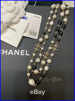 CHANEL NWT CC Authentic Freshwater Pearl Crystal Necklace Logo Chain Gold NWT