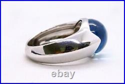 Chaumet Paris Cabochon Blue Topaz 18 Kt White Gold Ring Very Elegant