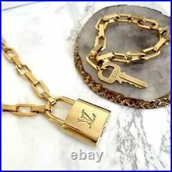 Louis Vuitton Set Lock Geometric Chain Necklace and Key Bracelet