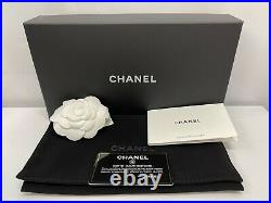 NWT 21P Chanel Glasses Case With Classic Chain Black Caviar with Gold Crossbody