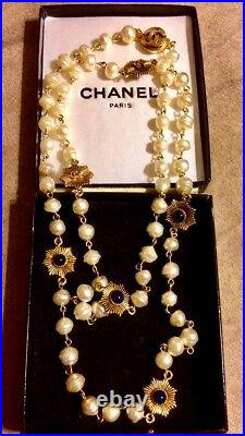 Vintage 1984 CHANEL NECKLACE Gripoix Pearls with Gold & Sapphires