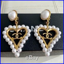 Vintage 1994 LARGE Chanel CC Logo Pearl Heart Gold Tone Statement Clip Earrings